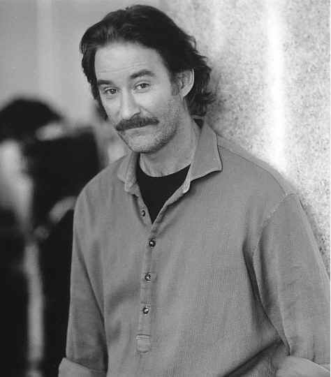 Kevin Kline - Wallpaper Colection